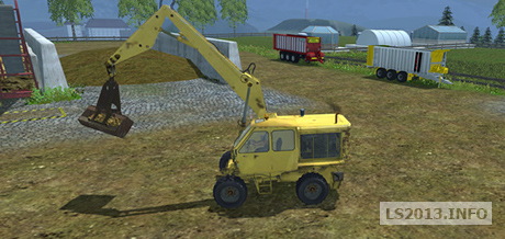 T174 2 with bucket and grapple