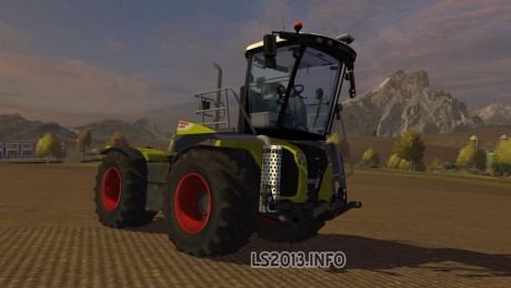 Claas-Xerion-5000-Saddle-Trac